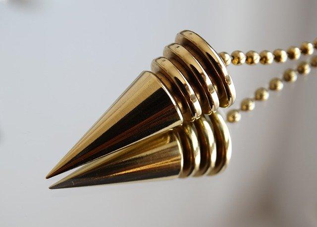 pendule-metal